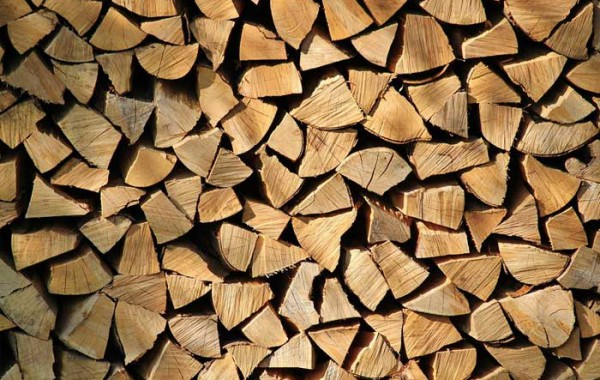 Tvrdé dřevo